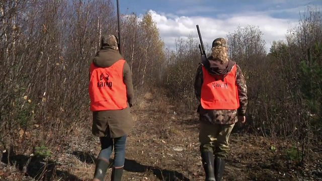 Quebec Outfitters Camp, Season 2, Episode 18 - Du Milieu Outfitter